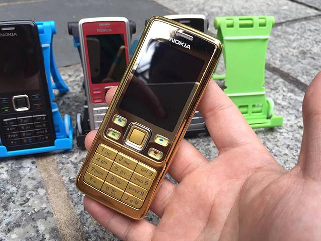 Vỏ Nokia 6300 chính hãng đều khớp, màu sắc nét