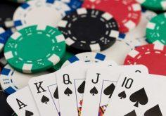 Có bao nhiêu loại bài poker?